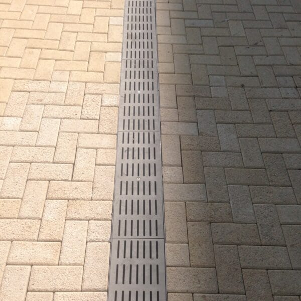 Fabricated stainless steel trench drain grates