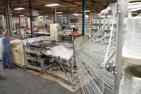 Fiberglass trench drain grate pultrusion machine