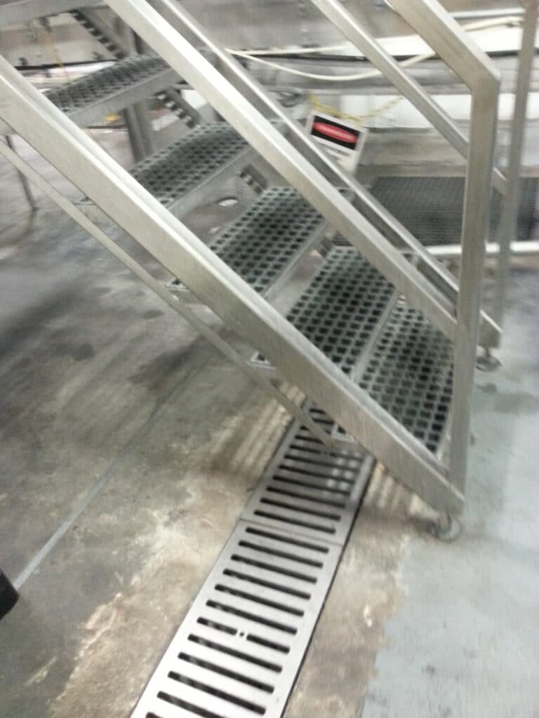 Stainless process trench drains