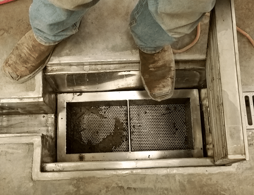 Commercial trench drain trash bucket