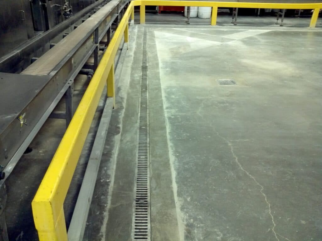Separation trench drains