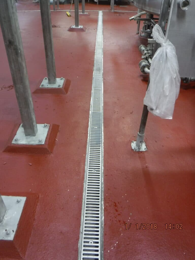 """4"""" wide stainless steel trench drain"""