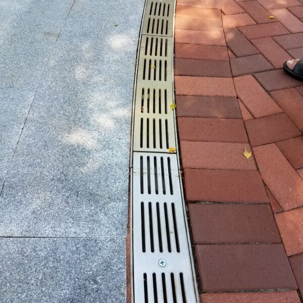 Radial trench drains