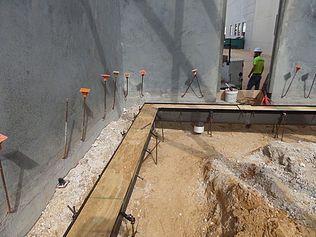 Fulfillment center trench drain