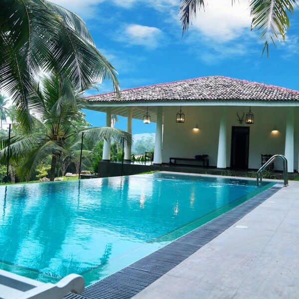 guide to pool deck drainage systems